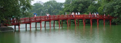 Die Huc, Morning Sunlight Bridge in Hanoi